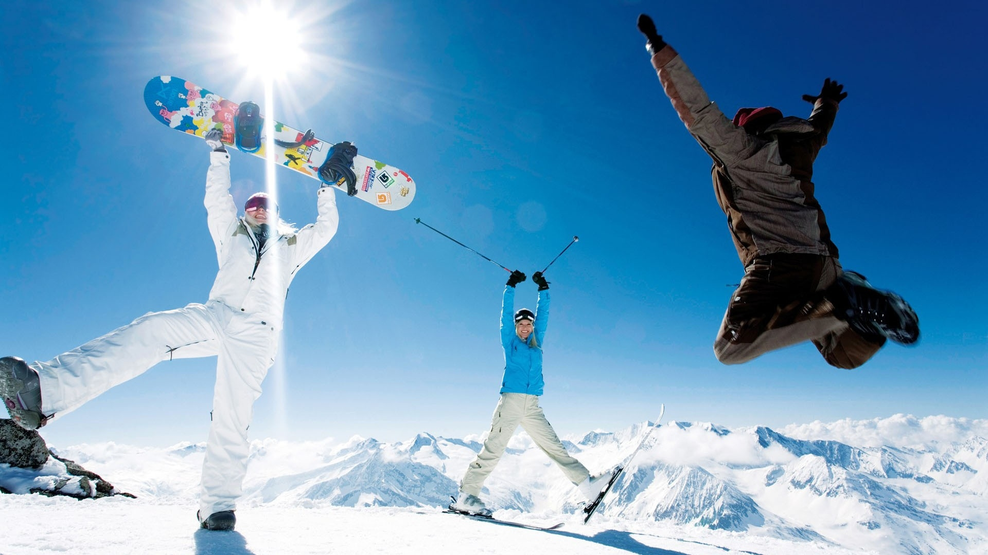 snowboard_skis_jump_pleasure_smiles_sun_11502_1920x1080